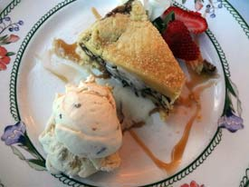 dining at Chesterfield Inn, dessert