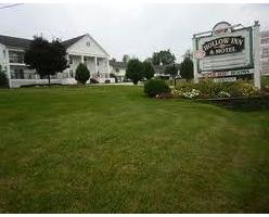 Hallow Inn Barre VT Motel Inn Lodging