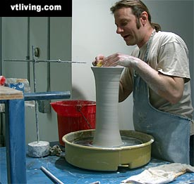 Simon Pearce Pottery, Pottery Maker
