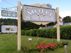 Motel in the Meadow Chester Vermont Lodging